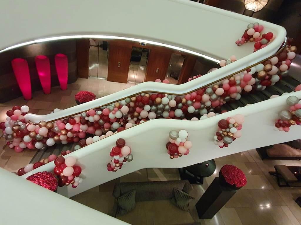 Aviator Valentines Weekend Organic Balloon Staircase 3 Airmagination web 1