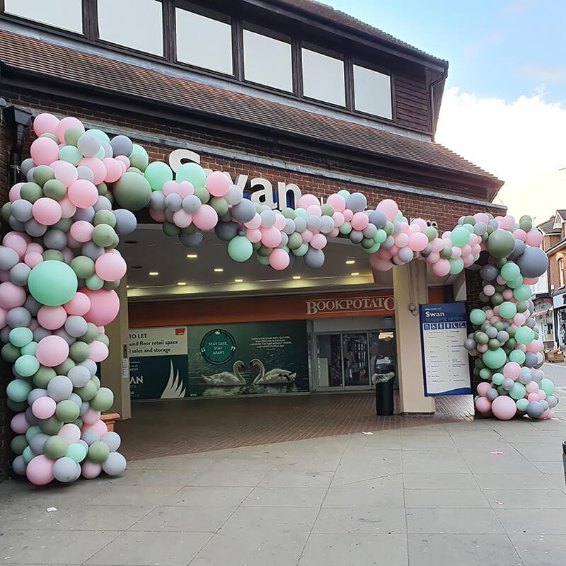 swan shopping centre oranic balloon arch